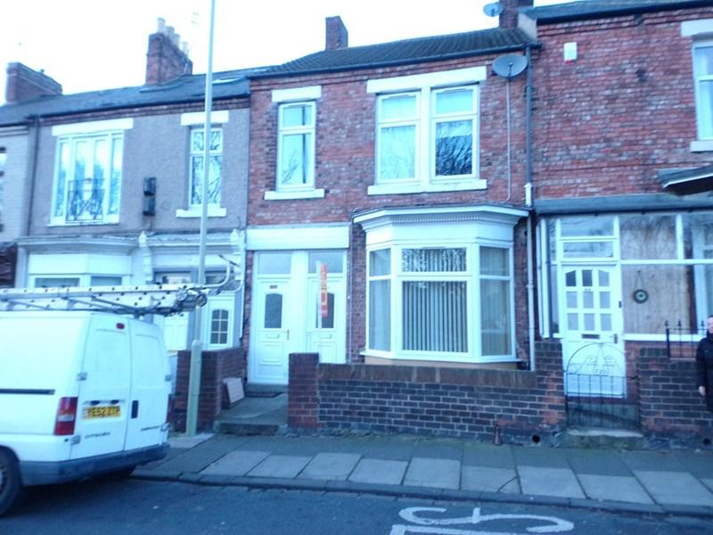 2 Bedrooms Property for sale in Erskine Road, westoe, South Shields, Tyne & Wear, NE33 2SY