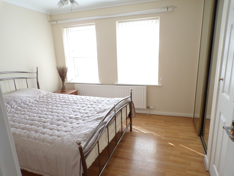 2 Bedrooms Property for sale in Fallowfield Way, Ashington, Northumberland, NE63 8LD