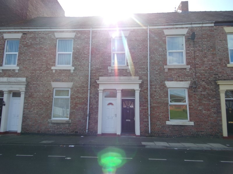 2 Bedrooms Property for sale in Stephenson Street, North Shields, North Shields, Tyne & Wear, NE30 1ER