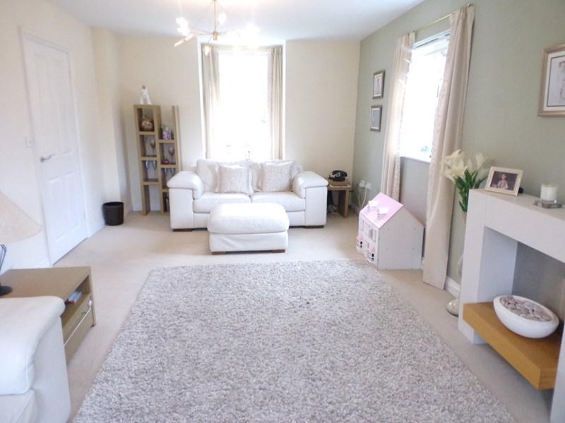 4 Bedrooms Property for sale in Ferndale, South Shields, South Shields, Tyne & Wear, NE34 8BS