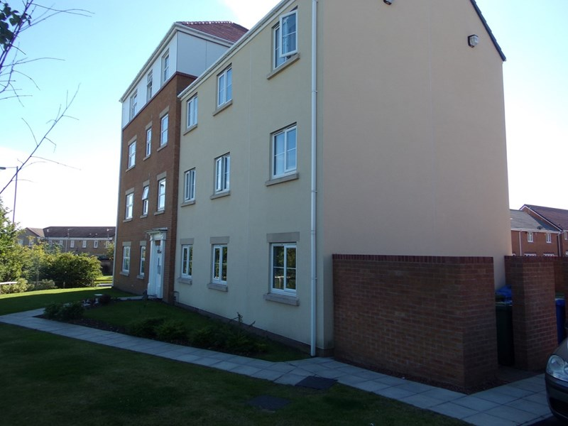 2 Bedrooms Apartment Flat for sale in Horton Park, Chase Farm, Blyth, Northumberland, NE24 4JD