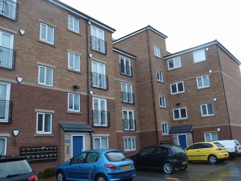 2 Bedrooms Apartment Flat for sale in Laburnum House, Coatham Road, Redcar, Redcar, Cleveland, TS10 1TA