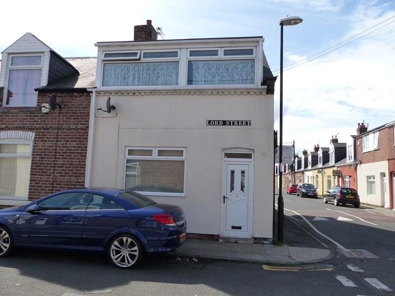 3 Bedrooms Property for sale in Lord Street, Silksworth, Sunderland, Tyne & Wear, SR3 2DX