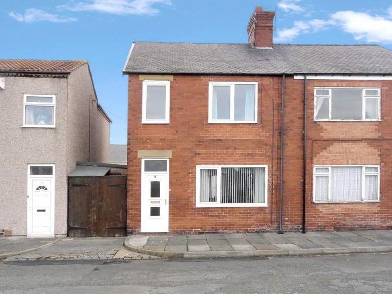 3 Bedrooms Property for sale in Park Terrace, Bedlington, Bedlington, Northumberland, NE22 7JY