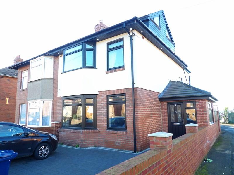 4 Bedrooms Property for sale in Mortimer Road, Mortimer, South Shields, Tyne & Wear, NE34 0DS