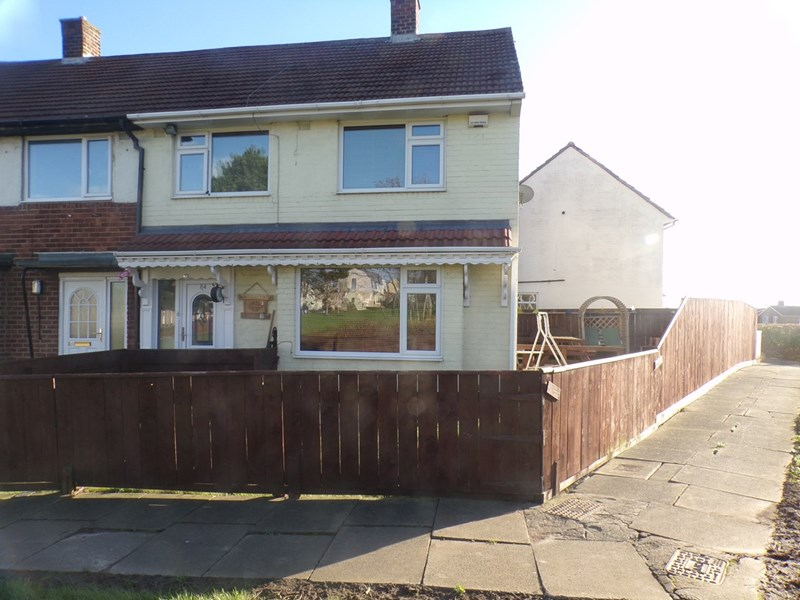3 Bedrooms Property for sale in Rothwell Crescent, Roseworth , Stockton-on-Tees, Cleveland, TS19 9AH