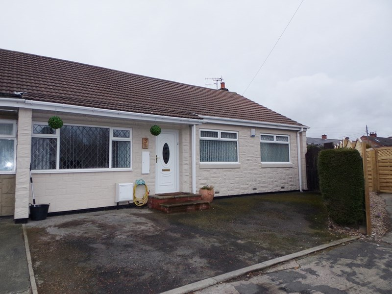 3 Bedrooms Bungalow for sale in Knox Close, Bedlington, Bedlington, Northumberland, NE22 5LH