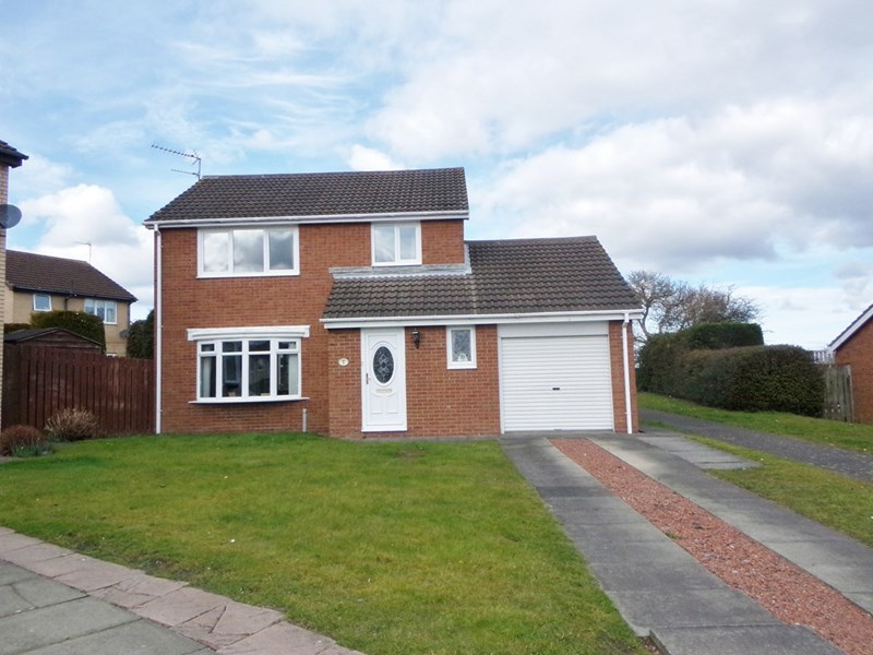 3 Bedrooms Property for sale in Ashtree Drive, Beaufront Park, Bedlington, Northumberland, NE22 7LS