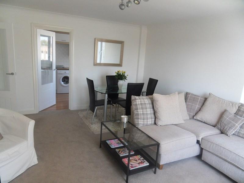 2 Bedrooms Apartment Flat for sale in Dene Court, Jesmond Park East, Newcastle upon Tyne, Tyne & Wear, NE7 7BZ