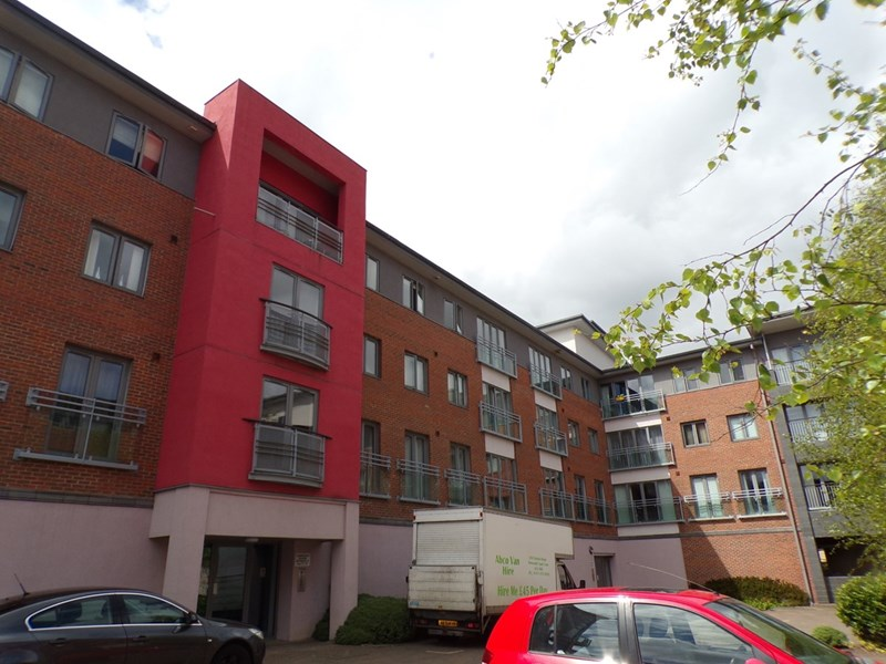 2 Bedrooms Apartment Flat for sale in Cameronian Square, Gateshead, Gateshead, Tyne & Wear, NE8 2DB