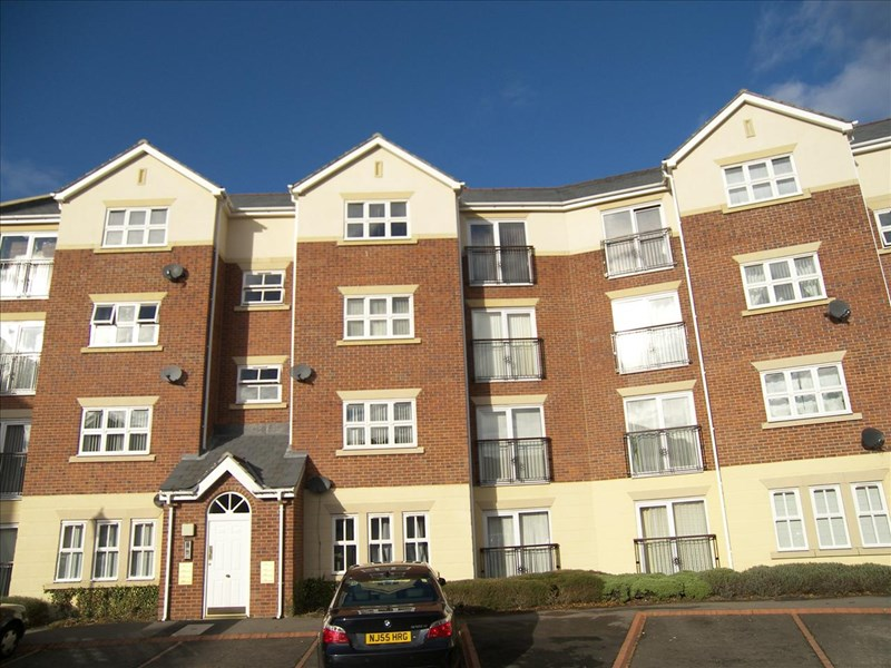 2 Bedrooms Apartment Flat for sale in Alexandra House, Royal Courts, Sunderland, Tyne & Wear, SR2 7LG