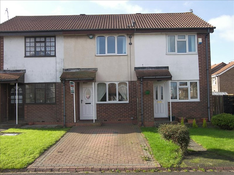 2 Bedrooms Property for sale in Lumley Court, Bedlington, Bedlington, Northumberland, NE22 5YG
