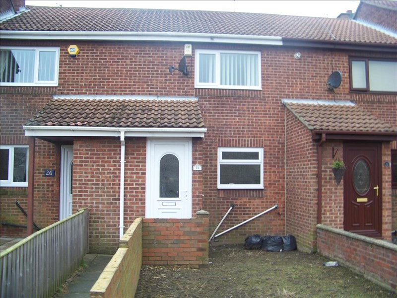 2 Bedrooms Property for sale in Hamilton Court, Shotton, Shotton, Durham, DH6 2NL
