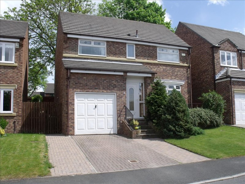 4 Bedrooms Property for sale in Longlands Drive, Houghton Le Spring, Houghton Le Spring, Tyne & Wear, DH5 8LR