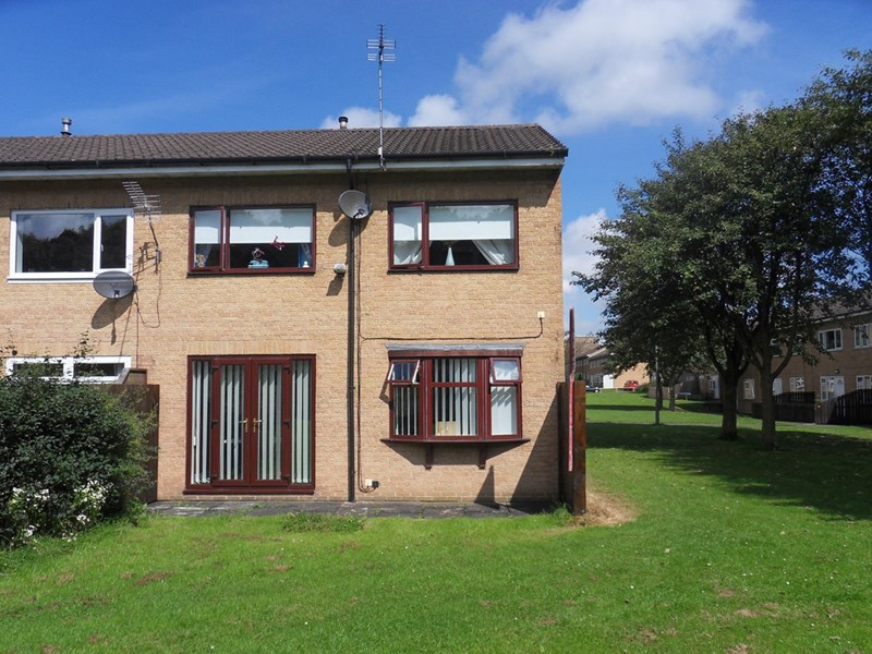 3 Bedrooms Property for sale in Pentland Close, Peterlee, Peterlee, Durham, SR8 2LA