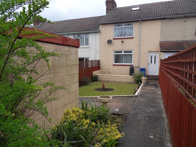3 Bedrooms Property for sale in Shakespeare Avenue, Blackhall Colliery, Hartlepool, Durham, TS27 4NP