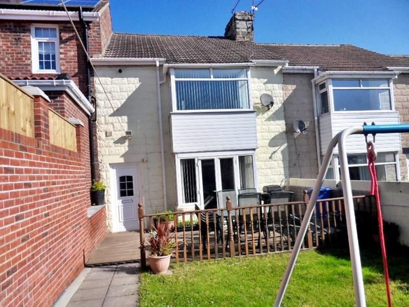 3 Bedrooms Property for sale in Newcastle Avenue, Horden, Horden, Durham, SR8 4BQ