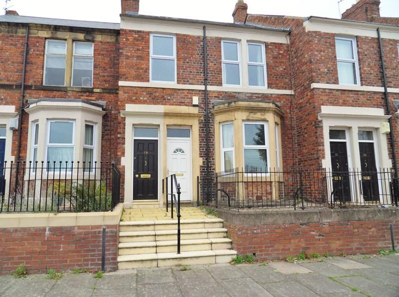 2 Bedrooms Property for sale in Bensham Crescent, Gateshead, Gateshead, Tyne & Wear, NE8 2YB