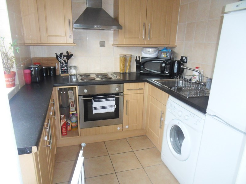 2 Bedrooms Apartment Flat for sale in St. Just Place, Kenton Bar, Newcastle upon Tyne, Tyne & Wear, NE5 3XW