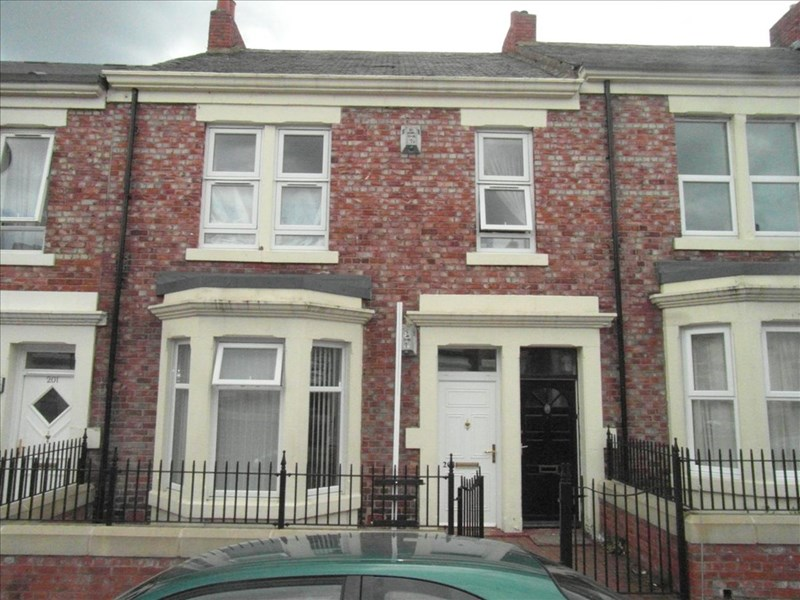 2 Bedrooms Property for sale in Clara Street, Benwell, Newcastle upon Tyne, Tyne & Wear, NE4 8PY