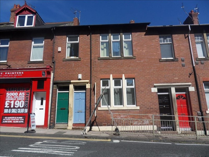 2 Bedrooms Property for sale in Station Road, South Gosforth, Newcastle upon Tyne, Tyne & Wear, NE3 1QD