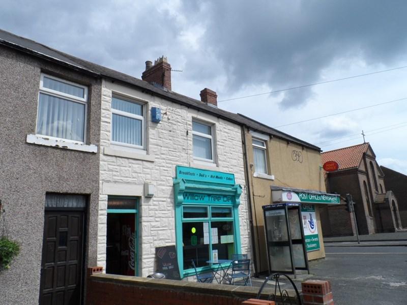 2 Bedrooms Property for sale in Hawthorn Road, Ashington, Ashington, Northumberland, NE63 9AX
