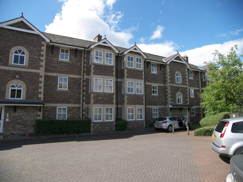2 Bedrooms Apartment Flat for sale in Hutton Terrace, Sandyford, Newcastle Upon Tyne, Tyne & Wear, NE2 1QY