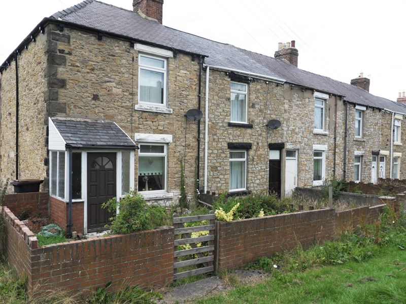 2 Bedrooms Property for sale in Wesley Terrace, Stanley, Stanley, Durham, DH9 8QL