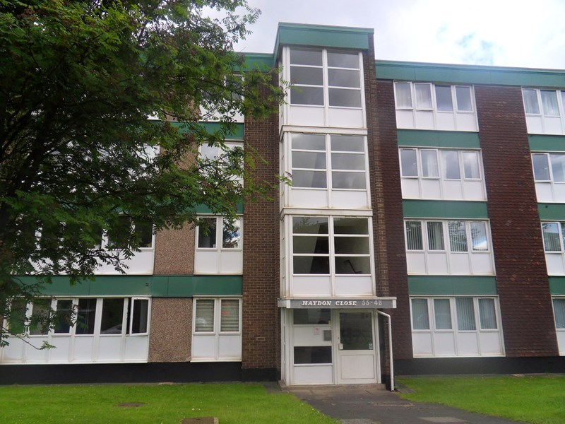 2 Bedrooms Apartment Flat for sale in Haydon Close, Red House Farm, Newcastle upon Tyne, Tyne & Wear, NE3 2BY
