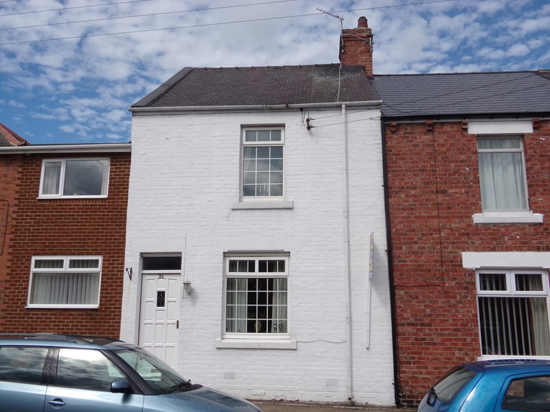 2 Bedrooms Property for sale in South Street, Chester le Street, Chester Le Street, Durham, DH2 2JG