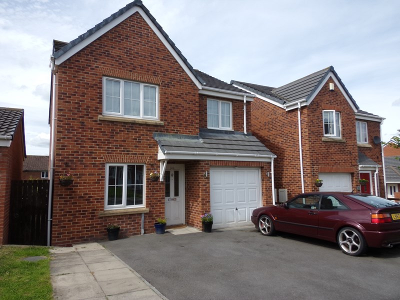 4 Bedrooms Property for sale in Dorset Crescent, Consett, Durham, DH8 8HY