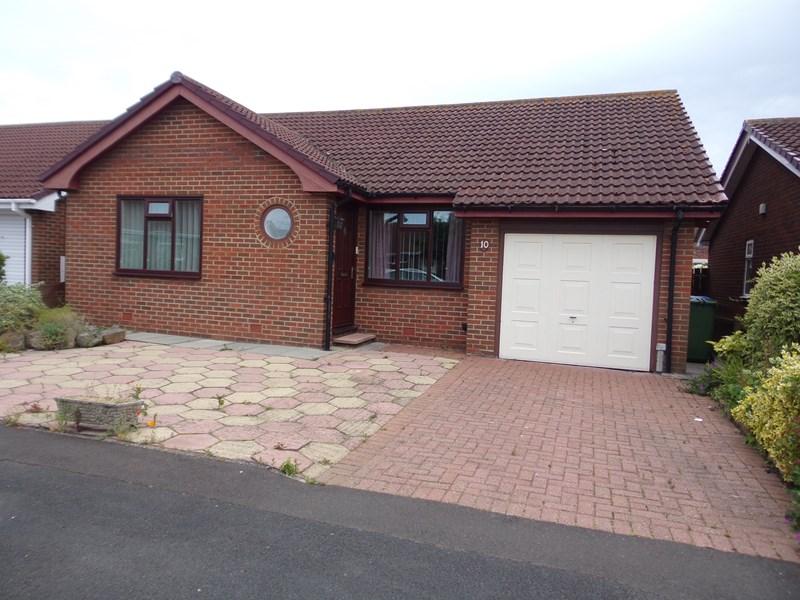 2 Bedrooms Bungalow for sale in Park Farm Villas, Blyth, Blyth, Northumberland, NE24 4HA