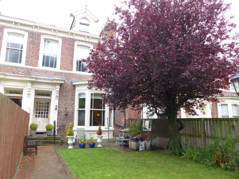 5 Bedrooms Property for sale in Thornhill Terrace, Thornhill, Sunderland, Tyne and Wear, SR2 7JL
