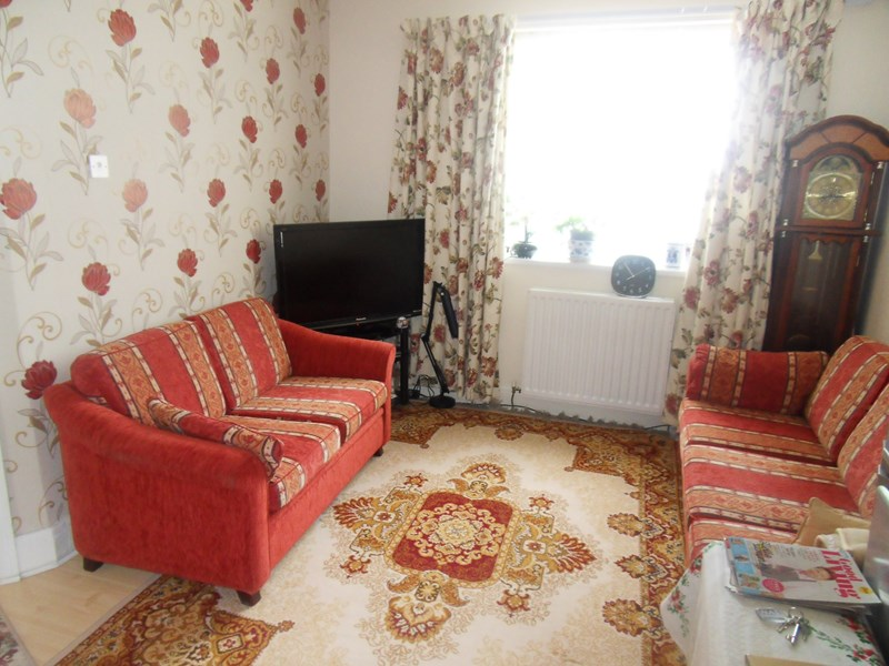 2 Bedrooms Property for sale in Benson Road, Byker, Newcastle upon Tyne, Tyne and Wear, NE6 2SE