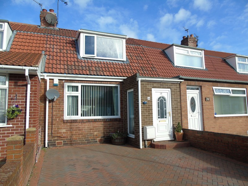 2 Bedrooms Bungalow for sale in Beverley Terrace, Walker, Newcastle Upon Tyne, Tyne & Wear, NE6 3UT
