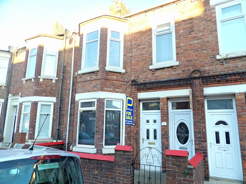 2 Bedrooms Property for sale in Lyndhurst Street, South Shields, South Shields, Tyne and Wear, NE33 2TA