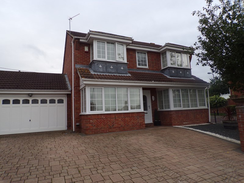 4 Bedrooms Property for sale in Trinity Park, Houghton Le Spring, Tyne and Wear, DH4 4UN