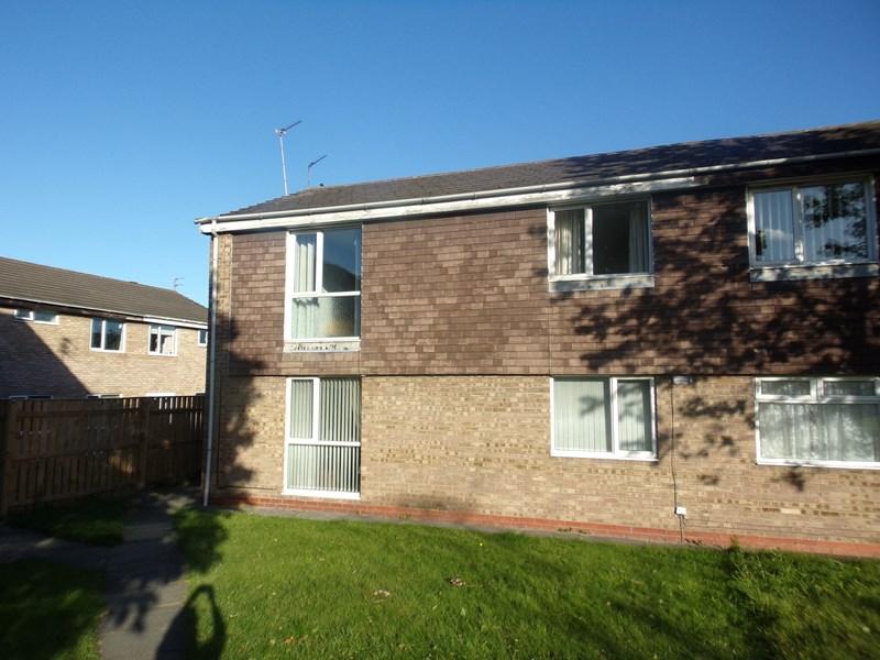 2 Bedrooms Property for sale in Oswestry Place, Cramlington, Cramlington, Northumberland, NE23 2YJ