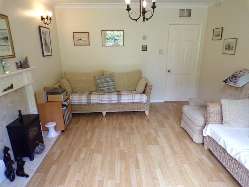 3 Bedrooms Property for sale in Westburn Mews , Crawcrook , Ryton, NE40 4HW