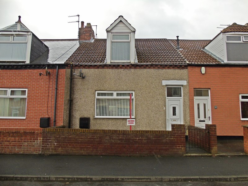 2 Bedrooms Property for sale in Ada Street West, Murton, Seaham, Durham, SR7 9NQ
