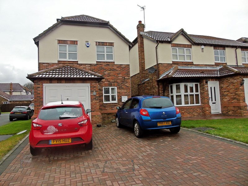 3 Bedrooms Property for sale in Stewart Drive, Wingate, Wingate, Durham, TS28 5PS
