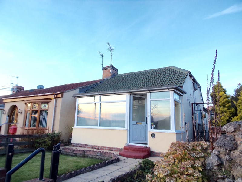 2 Bedrooms Bungalow for sale in West Lane, Hawthorn, Seaham, Durham, SR7 8SB