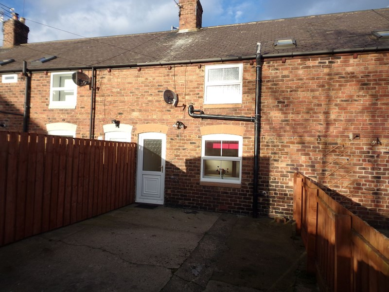 3 Bedrooms Property for sale in Cowpen Road, Blyth, Blyth, Northumberland, NE24 5BS
