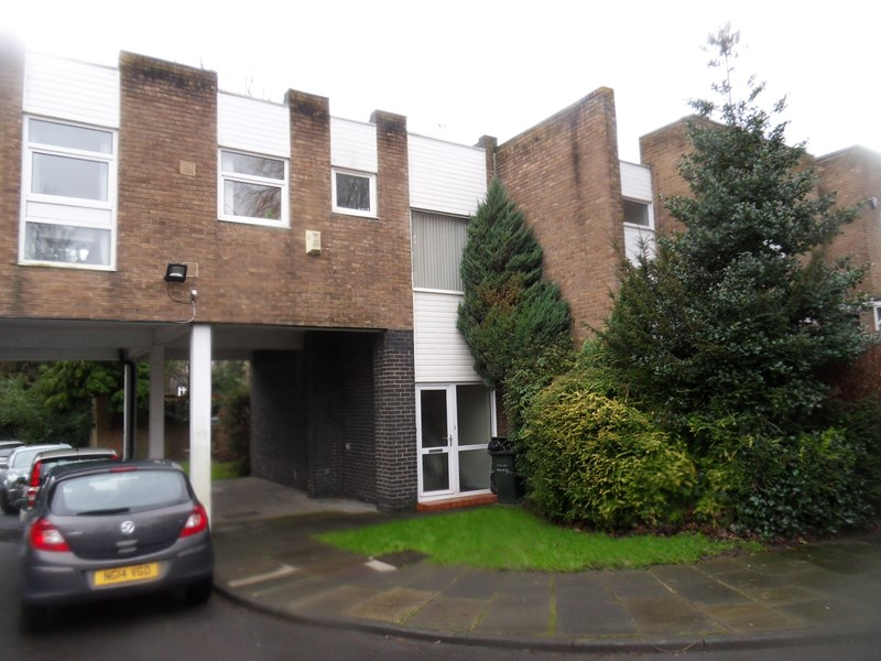 3 Bedrooms Apartment Flat for sale in Jesmond Park Court, Newcastle upon Tyne, Tyne and Wear, NE7 7BW