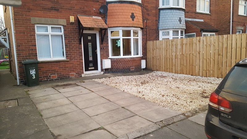 2 Bedrooms Property for sale in Caroline Gardens, Howdon, Wallsend, Tyne and Wear, NE28 0BZ