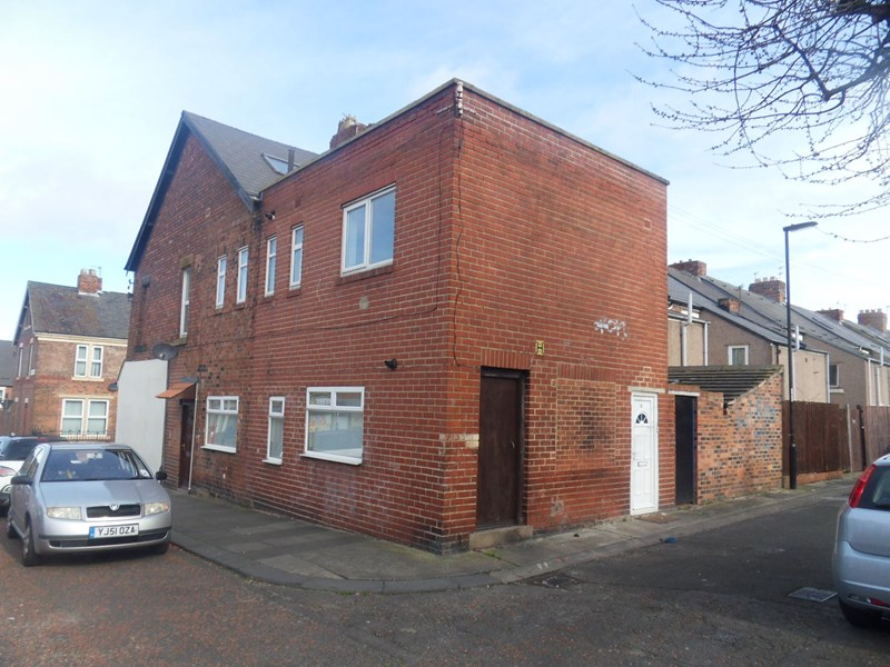 4 Bedrooms Maisonette Flat for sale in Stratford Road, Heaton, Newcastle upon Tyne, Tyne and Wear, NE6 5AS