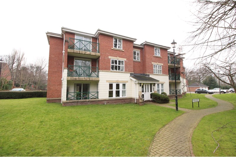 2 Bedrooms Apartment Flat for sale in Belvedere Gardens, Benton, Newcastle Upon Tyne, Tyne & Wear, NE12 9PG