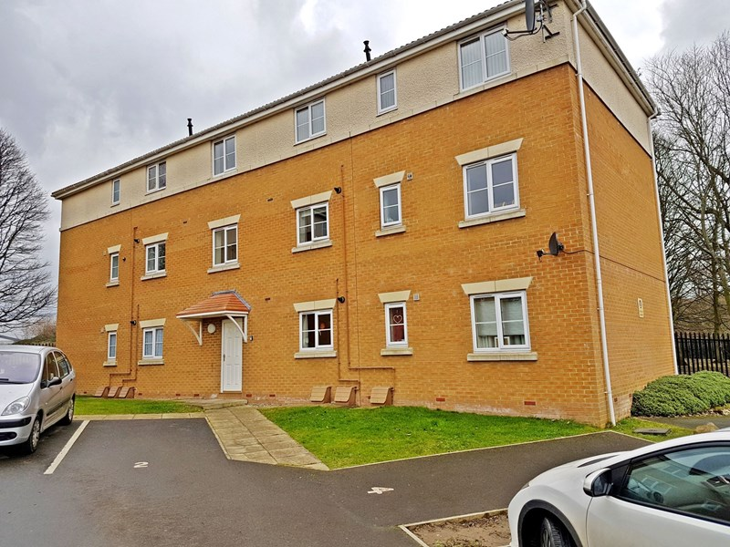 2 Bedrooms Apartment Flat for sale in Burdon Court, Horden, Horden, Durham, SR8 4JA