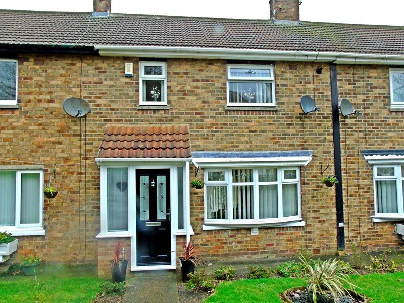 2 Bedrooms Property for sale in Layburn Place, Peterlee, Peterlee, Durham, SR8 2BD