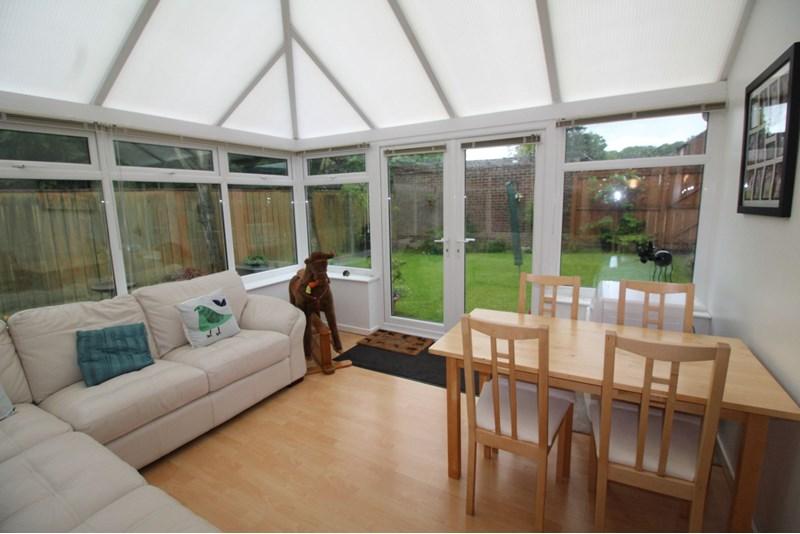 2 Bedrooms Property for sale in Kielder, Oxclose, Washington, Tyne and Wear, NE38 0NW